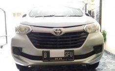 Mobil Toyota Avanza 2015 E terbaik di DKI Jakarta