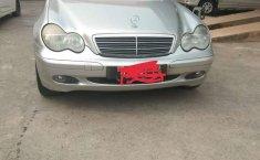 Dijual mobil bekas Mercedes-Benz C-Class C 180, DKI Jakarta