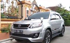Toyota Fortuner 2014 Jawa Tengah dijual dengan harga termurah