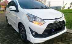 Jual mobil bekas murah Toyota Agya TRD Sportivo 2017 di Jawa Tengah