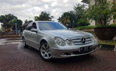 Jual mobil Mercedes-Benz E-Class E 200 K 2003 bekas, DIY Yogyakarta