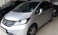 Dijual mobil bekas Honda Freed PSD AT 2011, Jawa Barat