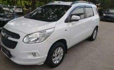 Dijual mobil bekas Chevrolet Spin LT, DKI Jakarta
