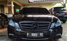 Jual mobil bekas murah Mercedes-Benz E-Class E250 2010 di Jawa Barat