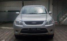Jual Cepat Ford Escape XLT 2012 di Jawa Barat