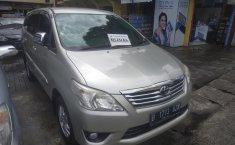 Jawa Barat, Mobil bekas Toyota Kijang Innova 2.0 G 2013 dijual