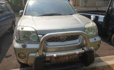 Jual Mobil Bekas Nissan X-Trail 2.5 2004 di Bekasi