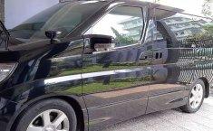 Mobil Nissan Elgrand 2008 Highway Star terbaik di Jawa Barat