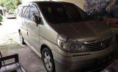 Jual cepat Nissan Serena Highway Star 2005 di Jawa Barat