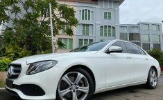 Dijual cepat Mercedes-Benz E-Class E250 AVANTGARDE ATPM 2017/2018 terbaik di DKI Jakarta