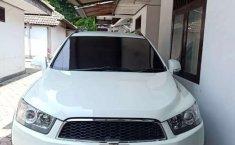 Mobil Chevrolet Captiva 2011 terbaik di Jawa Timur