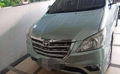 Jual Toyota Kijang Innova V 2005 harga murah di Sumatra Utara