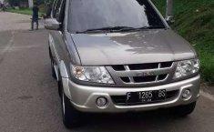 Jawa Barat, Isuzu Panther TOURING 2007 kondisi terawat