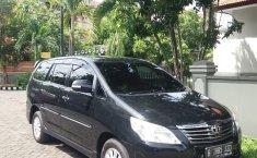 Dijual Mobil Toyota Kijang Innova V 2012 di Jawa Timur