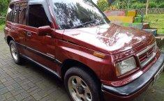 Suzuki Escudo 1996 Jawa Tengah dijual dengan harga termurah