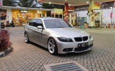 Jual cepat mobil BMW 3 Series E90 325i 2005 di DKI Jakarta