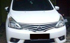 Jawa Barat, Nissan Grand Livina XV 2014 kondisi terawat