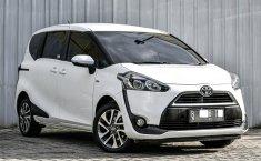 Jual mobil Toyota Sienta V 2016 dengan harga terjangkau di DKI Jakarta