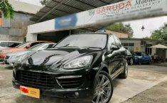 Jual mobil bekas Porsche Cayenne 4.8 Turbo 2011 terbaik di DKI Jakarta