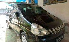 Jual Nissan Serena Highway Star 2004 harga murah di Nusa Tenggara Barat