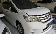Jual Mobil Bekas Nissan Serena Highway Star 2013 di DIY Yogyakarta
