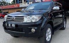 Jual mobil bekas murah Toyota Fortuner G 2010 di Riau