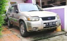 DKI Jakarta, Ford Escape XLT 2001 kondisi terawat