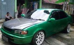 Mobil Toyota Corolla 1994 1.3 Manual terbaik di Jawa Tengah