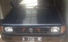 Mobil Toyota Kijang 1995 1.5 Manual terbaik di Banten