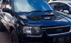 Jual mobil bekas murah Ford Escape 2004 di Banten