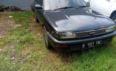 Jual cepat Toyota Corolla 1.3 Manual 1990 di Jawa Barat