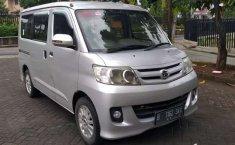 Banten, jual mobil Daihatsu Luxio M 2010 dengan harga terjangkau