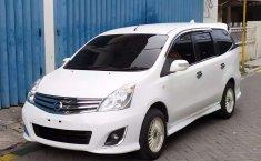 Jual Nissan Grand Livina Highway Star 2012 harga murah di Jawa Timur