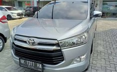 Mobil Toyota Kijang Innova 2016 V terbaik di Sumatra Utara