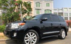 Dijual Cepat Toyota Land Cruiser 4.5 V8 Diesel 2014 di Tangerang Selatan