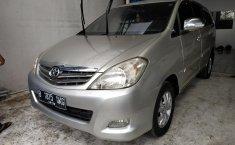 Dijual Mobil Toyota Kijang Innova 2.0 G AT 2010 di Bekasi