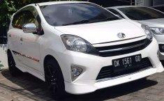 Mobil Toyota Agya 2014 TRD Sportivo terbaik di Bali