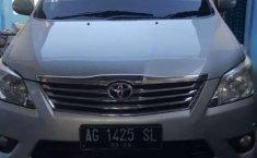 Mobil Toyota Kijang Innova 2011 V terbaik di Jawa Timur