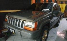 Jual Mobil Bekas Jeep Cherokee Limited 2002 di DIY Yogyakarta
