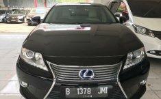 Jual Mobil Bekas Lexus ES 300h 2014 di Bekasi