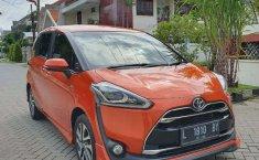 Mobil Toyota Sienta 2016 Q dijual, Jawa Timur