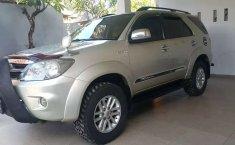 Bali, jual mobil Toyota Fortuner G Luxury 2006 dengan harga terjangkau