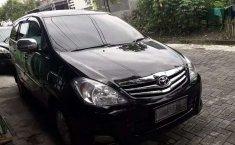 Jawa Timur, Toyota Kijang Innova 2.0 G 2010 kondisi terawat