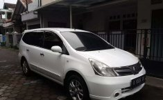 Mobil Nissan Grand Livina 2012 XV dijual, Jawa Tengah