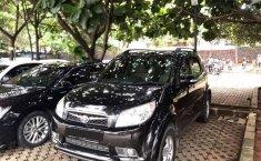 Jawa Barat, Toyota Rush G 2010 kondisi terawat