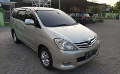 Mobil Toyota Kijang Innova 2006 2.0 G terbaik di Jawa Tengah