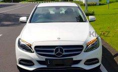 Jual mobil bekas murah Mercedes-Benz C-Class C200 2015 di Jawa Timur