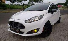 Jual cepat Ford Fiesta Trend 2014 di Jawa Barat