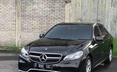 Jual mobil bekas murah Mercedes-Benz E-Class E 200 2010 di Jawa Barat