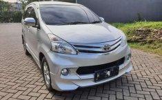 Jawa Timur, Toyota Avanza G Luxury 2015 kondisi terawat